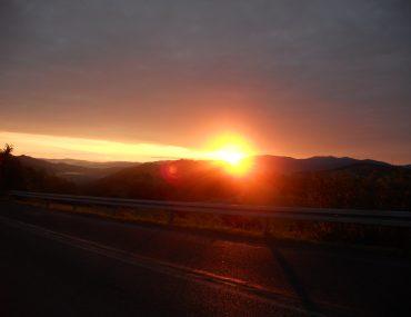 wschód słońca w Milówce