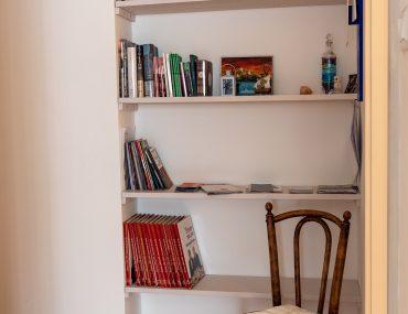Tra le Rive Apartment - przewodniki i albumy