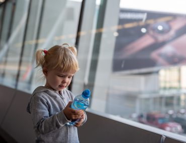 Lotnisko Chopina - Małgosia czeka na samolot