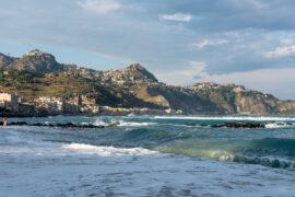 Giardini-Naxos - morze