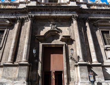 Katania - Chiesa di san Michele Arcangelo ai Minoriti