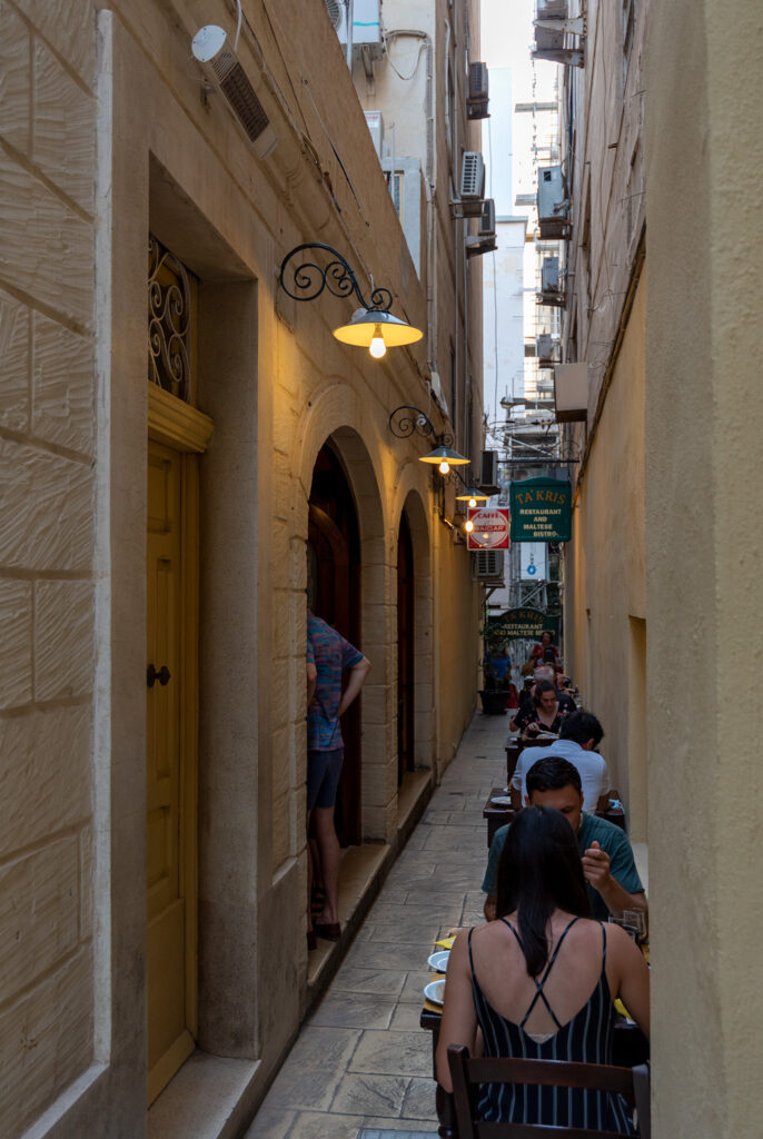 Silema - wejście do restauracji Ta' Kris