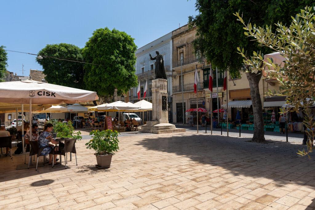 Rabat (Gozo) - Independence Square