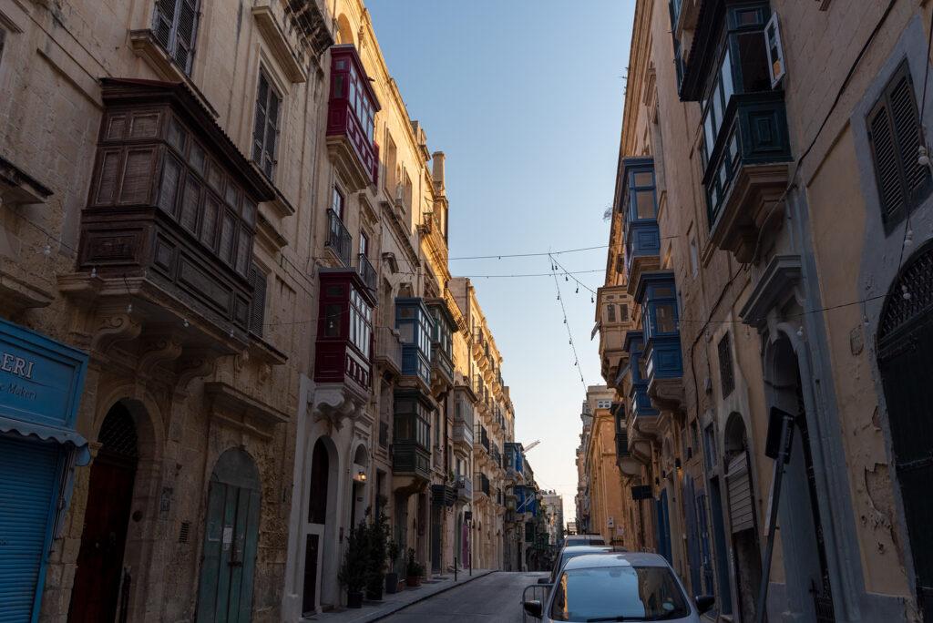 Valletta - i znowu maltańskie balkony