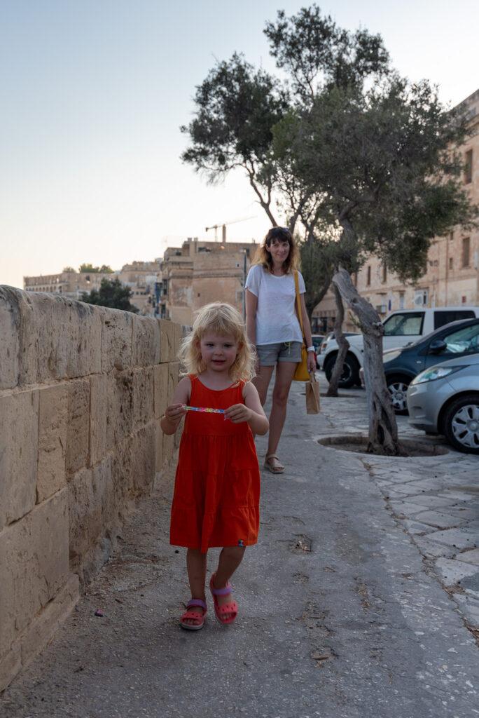 Valletta - dzielnie spacerujemy