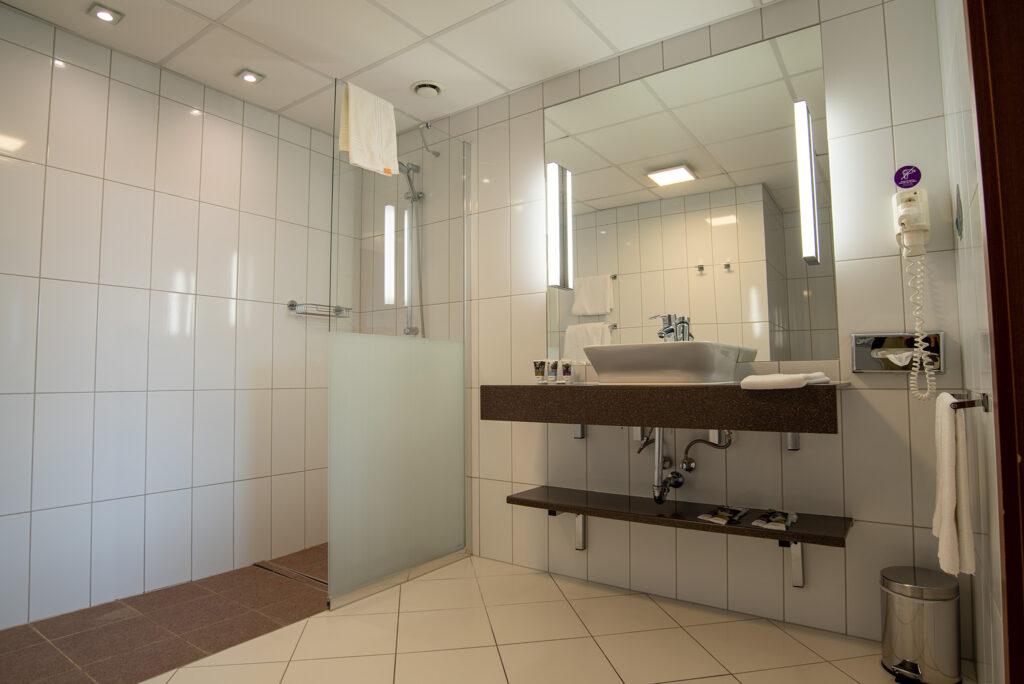 Mercure Wrocław Centrum - apartament - łazienka